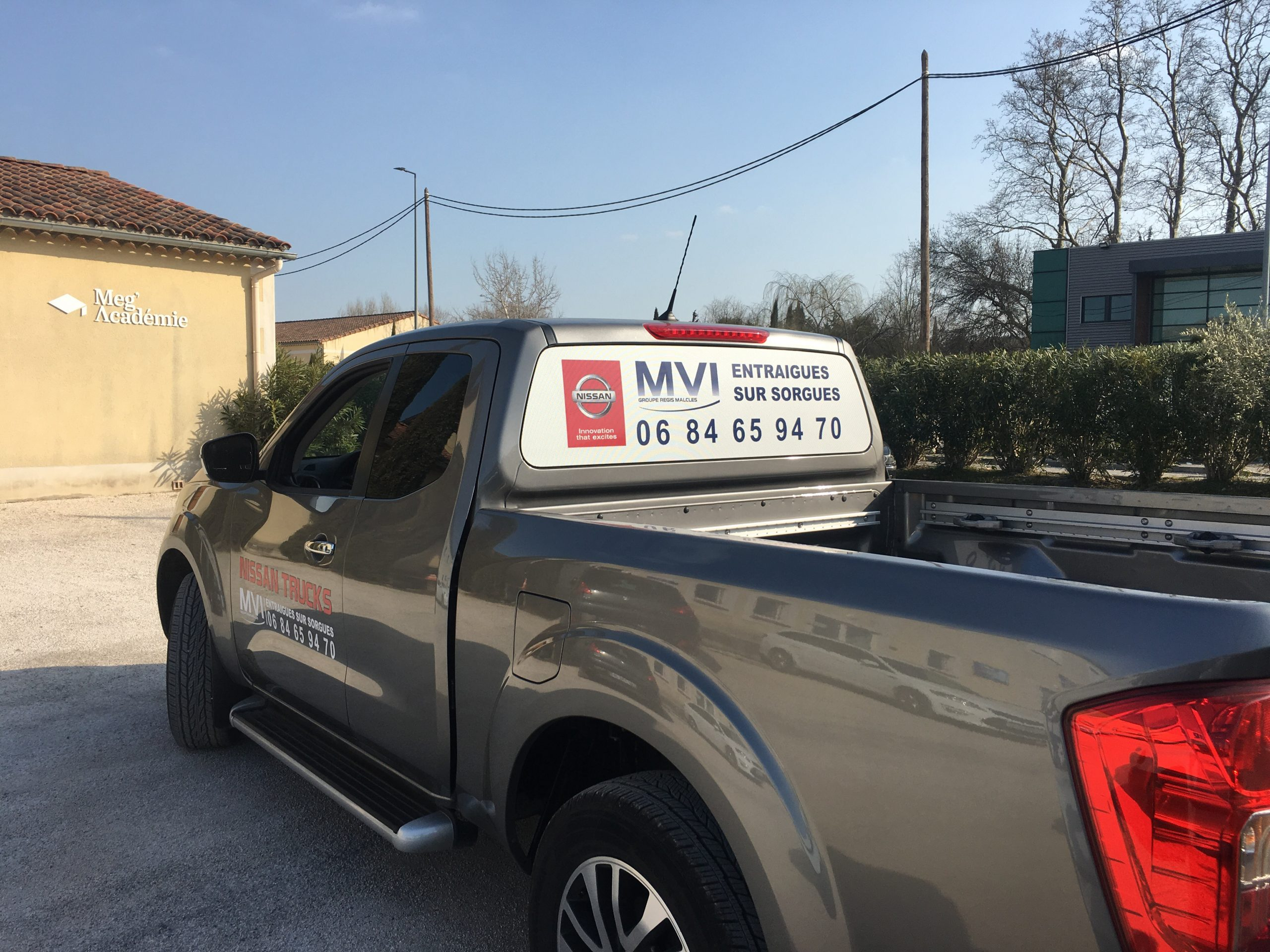 Flocage camion vigneron pichup nissan
