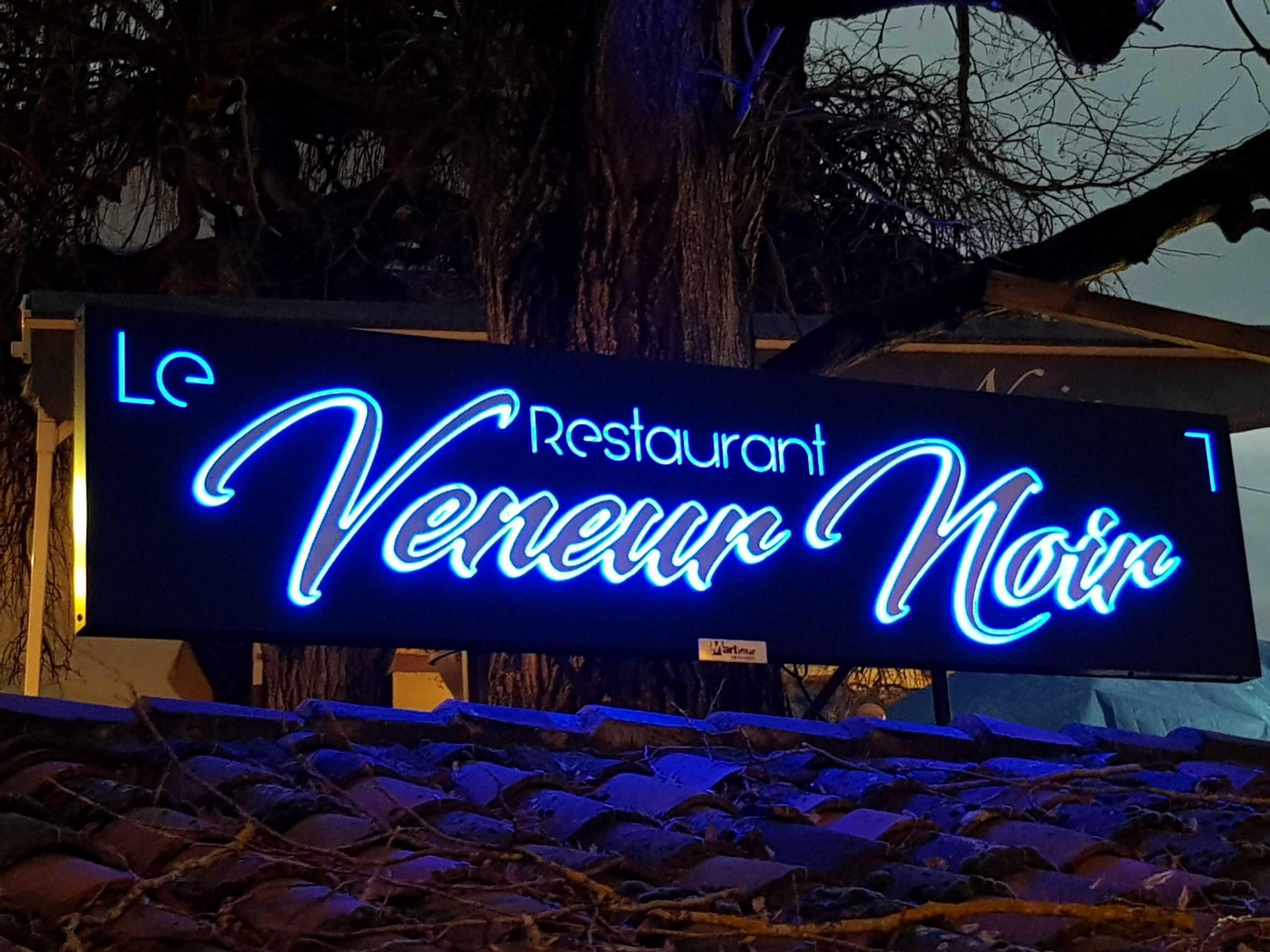 Enseigne LED Saint Rémy de Provence