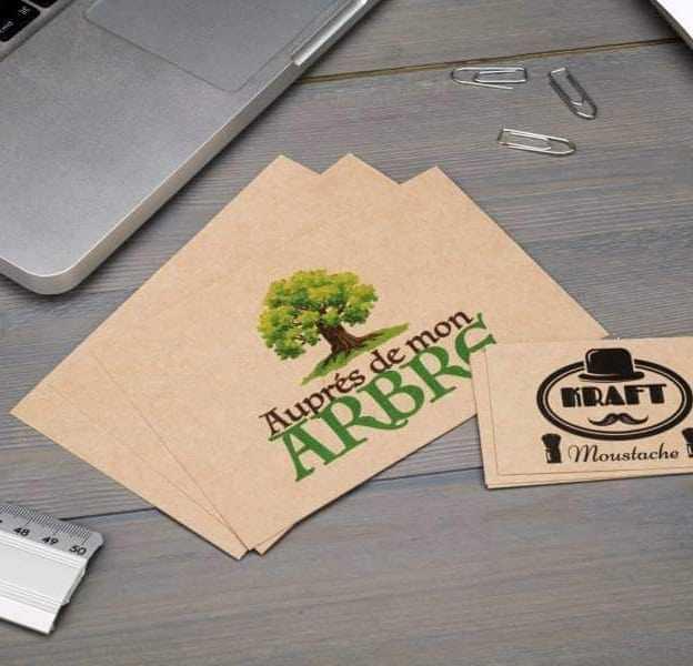 Cartes de visite avec un arbre