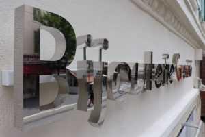 Enseignes panneaux lettres pvc éclairée Aix en Provence