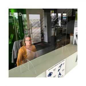 protection-en-plexiglas-vitre-de-protection-de-comptoir