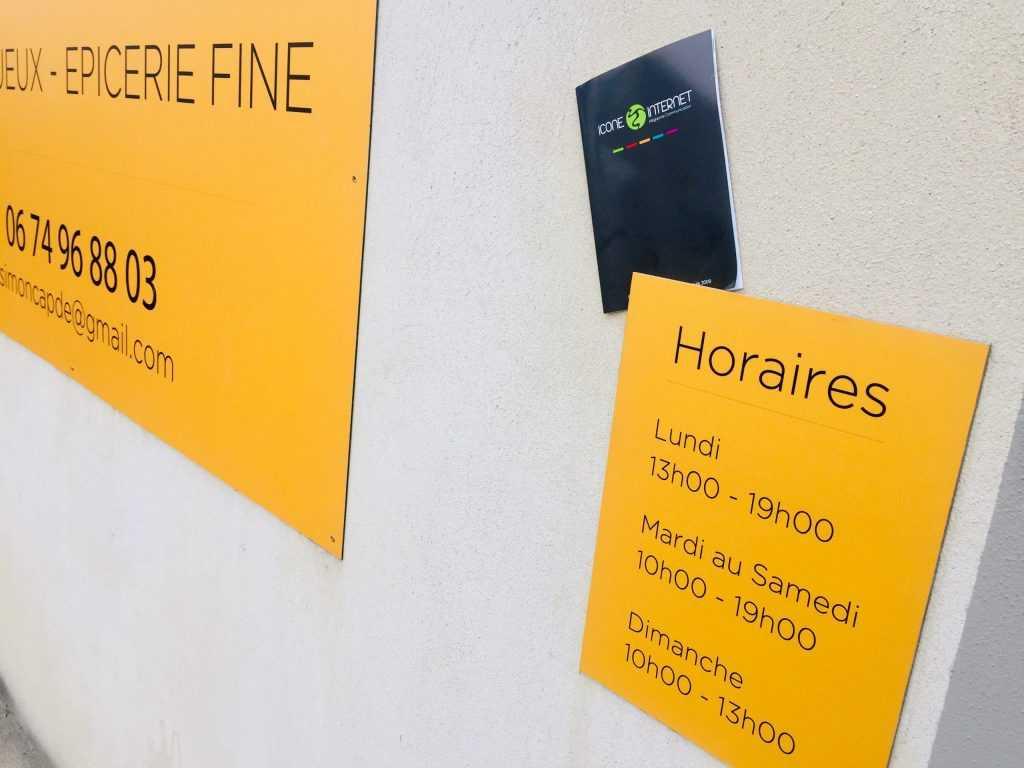 Panneau enseigne Avignon lettres découpées horaires